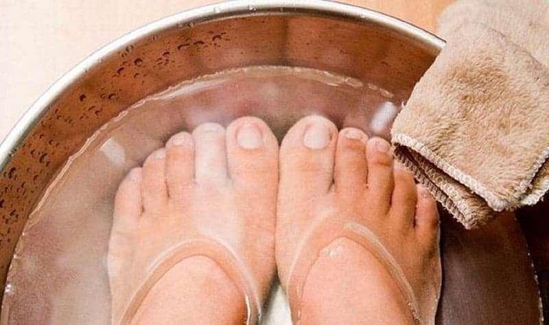 Ayakları Sıcak Suda Bekletmek Meğer..