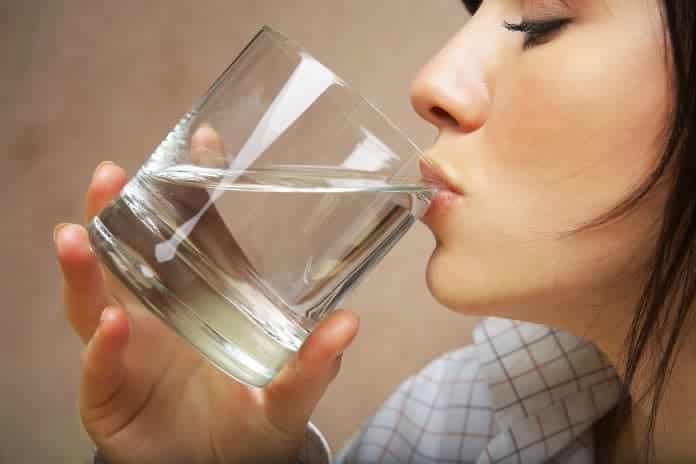 cicak su icmenin sasirtici 12 faydasi İşte Sıcak Su İçmenin Şaşırtan 12 Faydası!