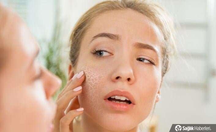 Makyaj ile uyumak bakteriler için üreme alanı oluşturur