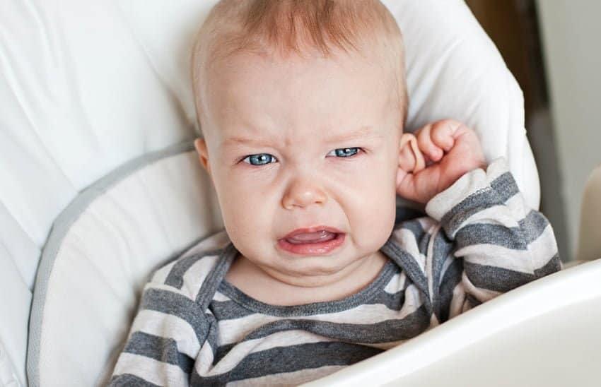 Kulak Enfeksiyonu Belirtileri Nelerdir? Kulak Ağrısı Nasıl Geçer? Doğal Tedavi