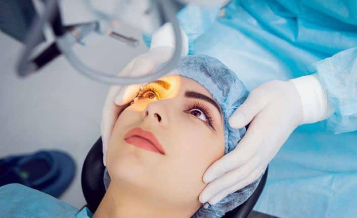 Refraktif Cerrahi Gözlükten Kurtulma Yöntemleri Refraktif Cerrahi (Gözlükten Kurtulma) Yöntemleri Nelerdir?