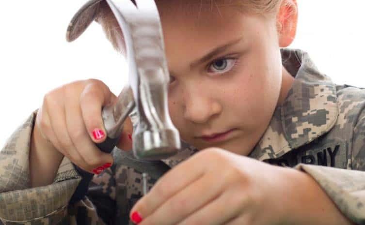 Çocuklarda cinsel kimlik bozukluğu nedir? Nasıl bir tutum sergilenmeli?