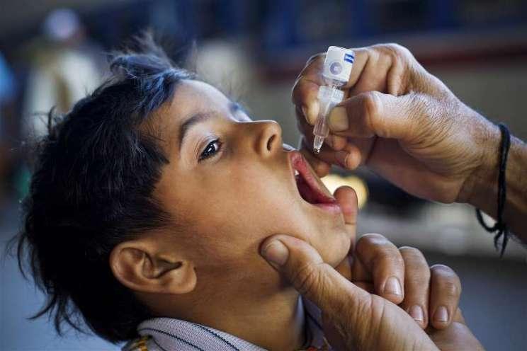 cocuk felci asisi Çocuk Felci Aşısı Kimlere Yapılmamalı? Türleri Neler? Yan Etkileri Var Mı?