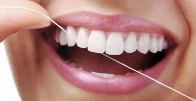 dis ipi nedir Diş ipi nasıl kullanılır? Faydaları nelerdir?