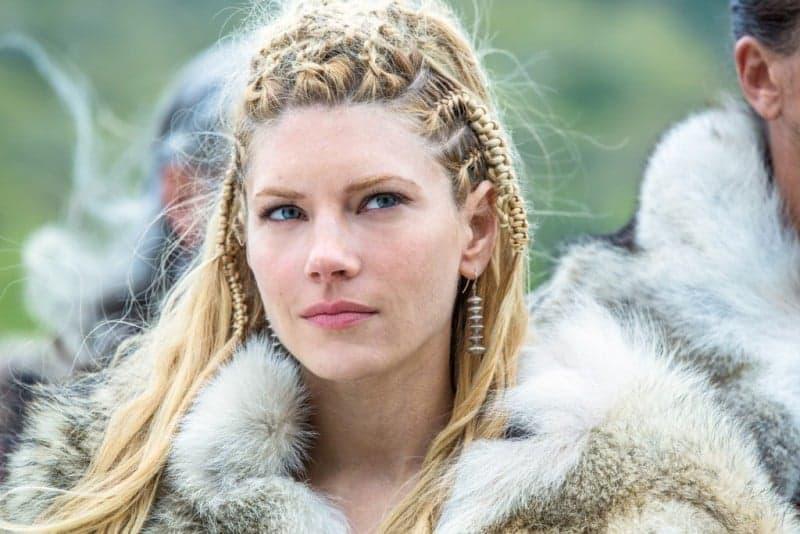 viking orgu sac modeli 2019 Saç Modasında Örgülü Topuz Saç Modelleri