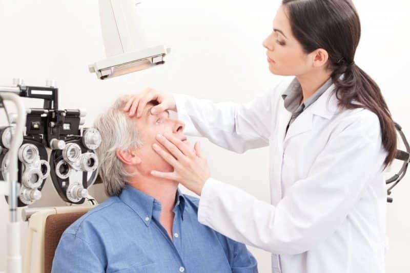 Diyabet hastaları mutlaka yılda bir göz kontrolünden geçmeli!