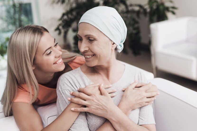 Kanserli hastanın son dönem belirtileri ve yakınlarına öneriler!