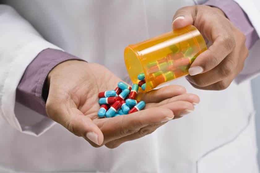 Reçetesiz satılan zayıflama haplarının zararları ve yol açtıkları hastalıklar!