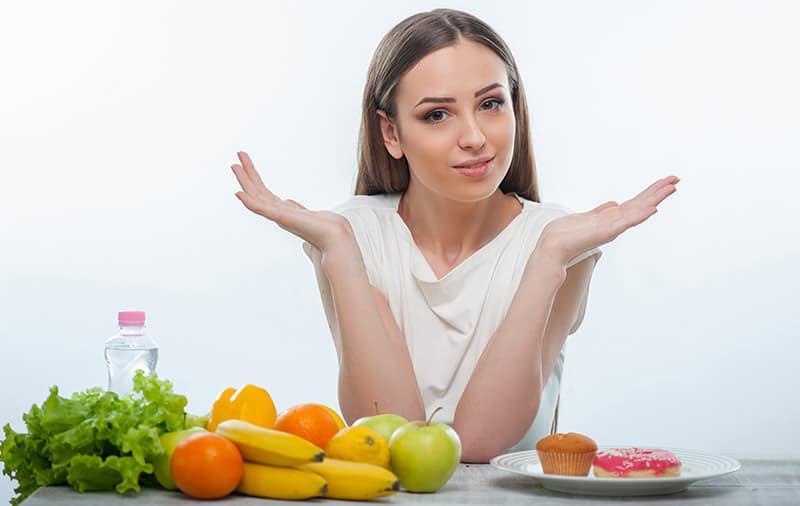 Sağlıklı beslenmeye dair doğru olarak bilinen 9 yanlış bilgi!