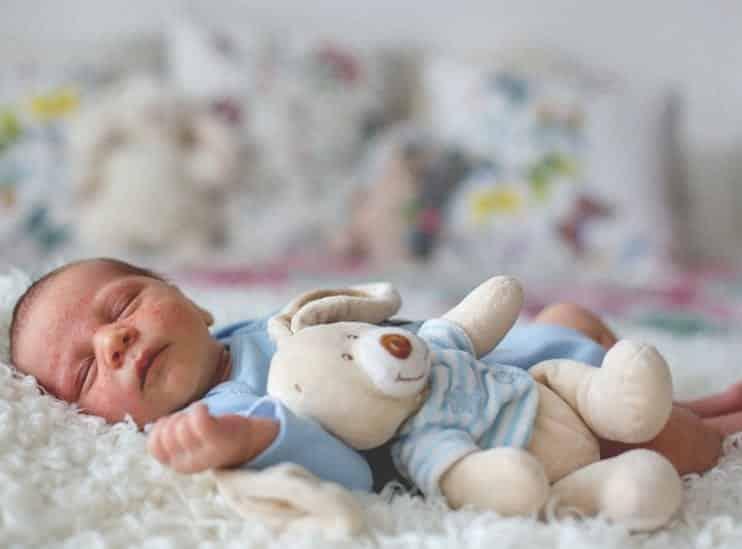 Bebeklerde altıncı hastalık nedir, bulaşıcı mıdır? Belirtileri ve tedavisi