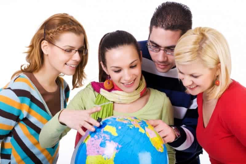 Erasmus Öğrenci Değişim Programı nedir? Hangi öğrenciler yararlanabilir?