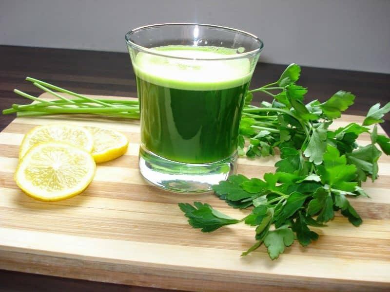Maydanoz suyu İçin Gerekli Malzemeler