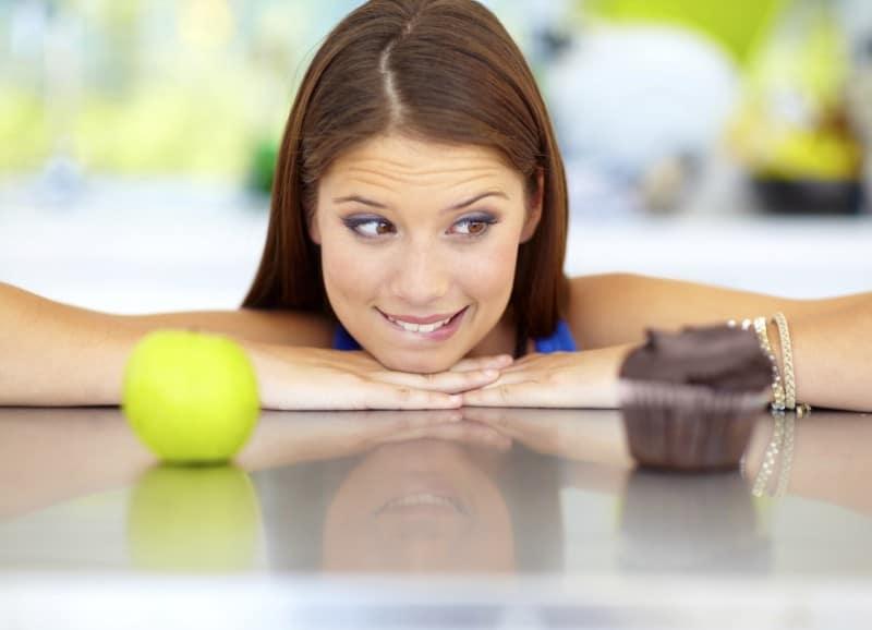 Kilo vermek için sağlıklı beslenmeyle ilgili bilinen 11 yanlış