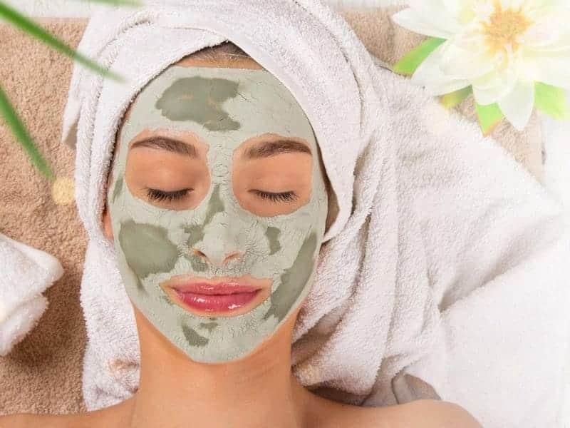 Evde uygulayabileceğiniz gözenek sıkılaştırıcı maske tarifleri