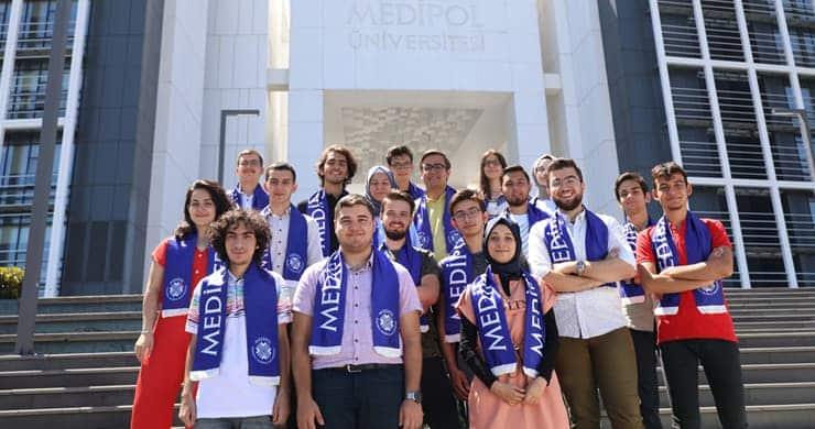 Medipol Üniversitesi Tıp Fakültesi taban puanda yine zirvedeki yerini korudu
