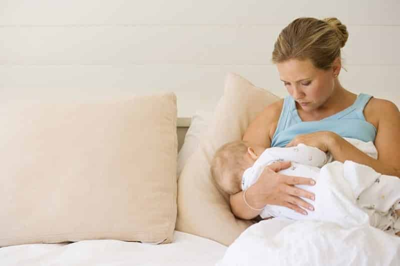Stres anne sütünün miktarını düşürüyor!