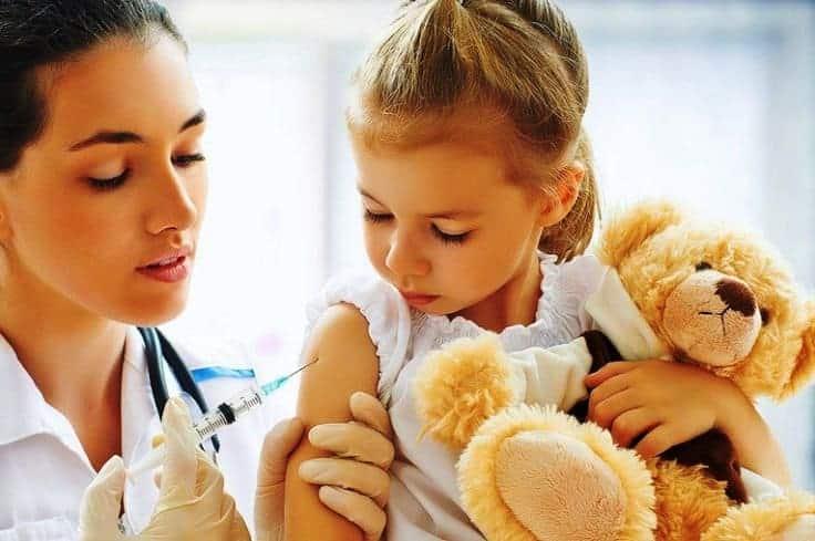 """Aile Hekimleri Dernekleri Federasyonu (AHEF) """"Tarihi geçmiş aşı yapmadık"""""""
