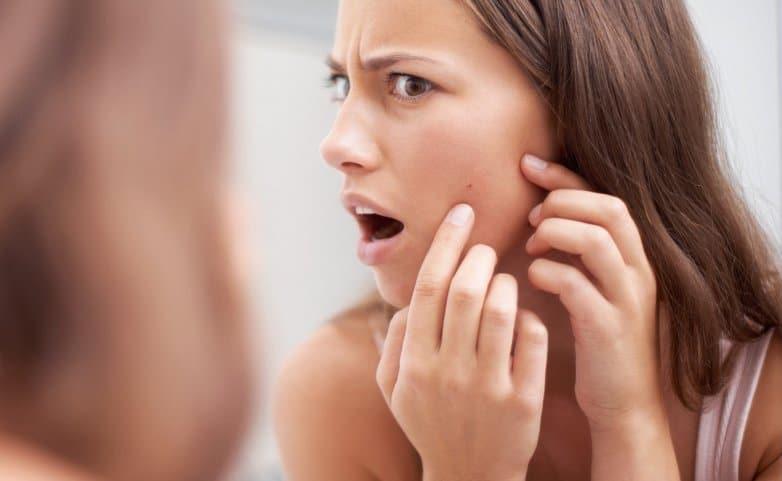 Şeker ve süt ürünleri cildimiz için gerçekten de sağlıksız mı?