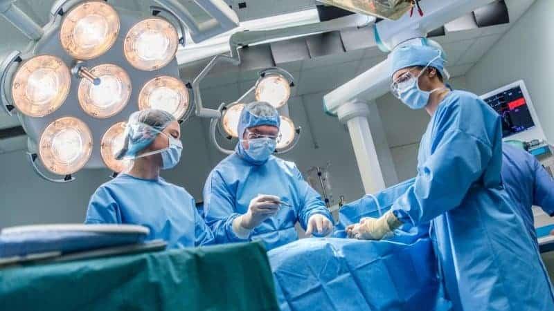 Ameliyatlık Bel Fıtığı Belirtileri Neler?