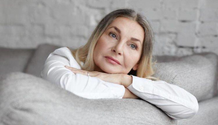 Menopoz belirtileri neler? Menopozda hormon tedavisi kimlere uygulanır?