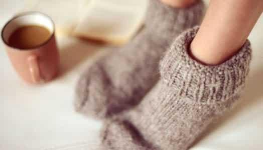 Ayaklar neden üşür? Ayak üşümesine ne iyi gelir?