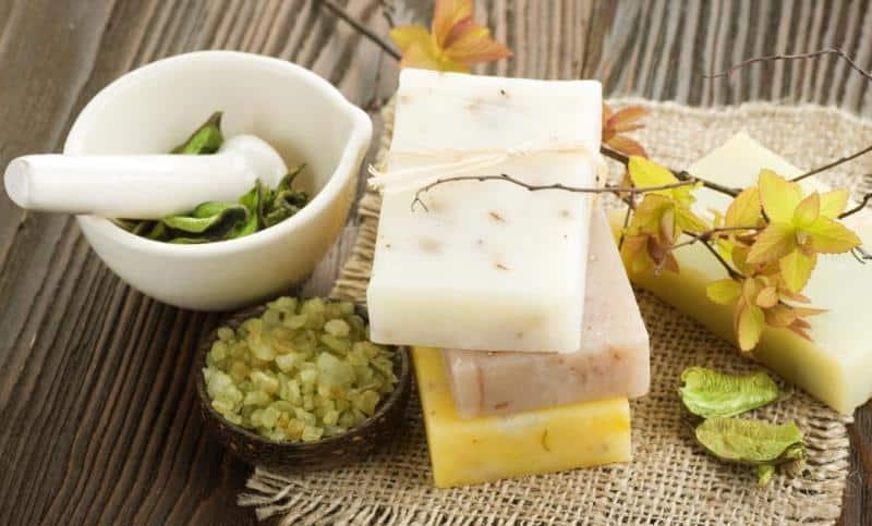 Hangi doğal sabun neye iyi gelir? Saç ve cilt dostu 17 doğal sabun
