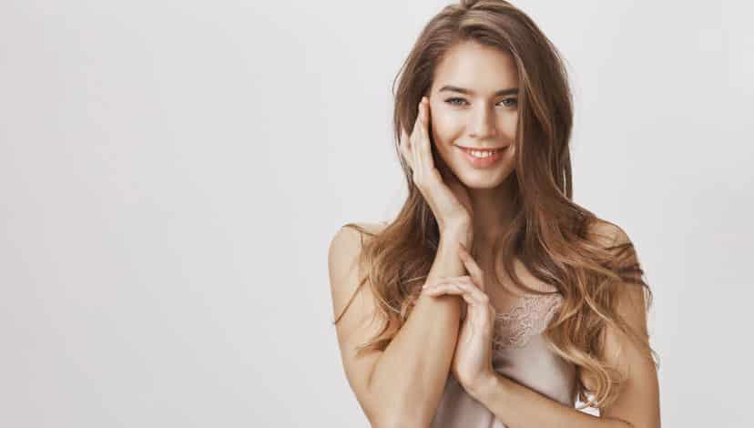 Saç ve Cilt Neden Yağlanır? Cilt Yağlanması Nasıl Önlenir?