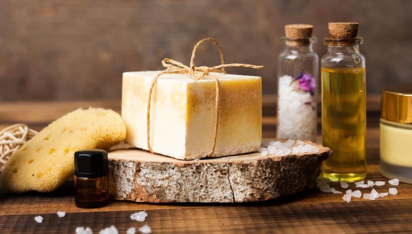 Yağlı Cilde Hangi Sabun İyi Gelir? Yüz Yağlanması İçin Sabunlar