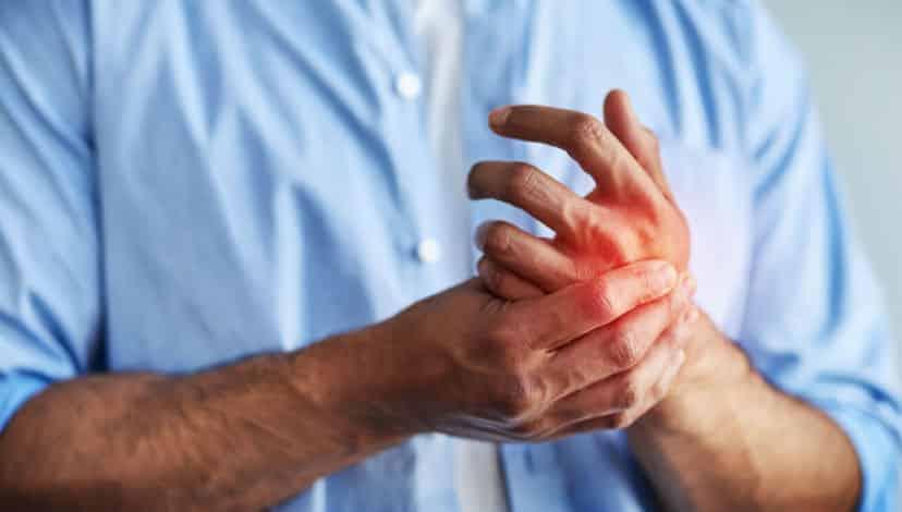 El ve ayak yanması hangi hastalığın belirtisidir? Nasıl geçer?