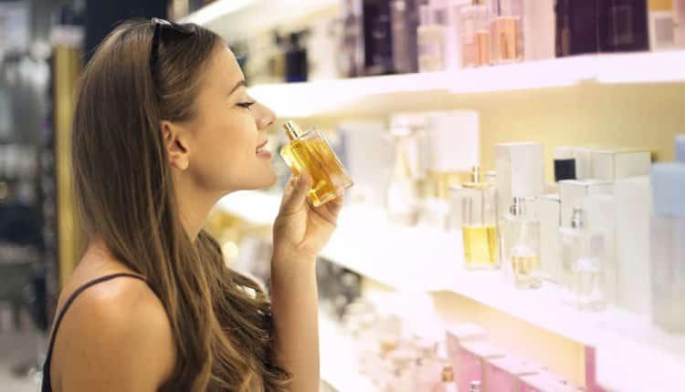 Parfüm alırken dikkat! Sahte parfümler kanser yapıyor!