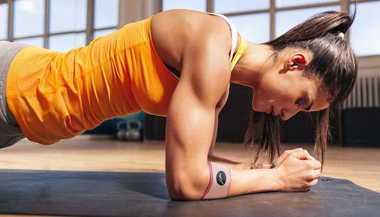 Plank egzersizi nedir, nasıl yapılır ve faydaları nelerdir?