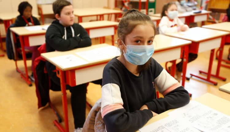 Sınıfta koronavirüs vakasına rastlanırsa strateji risk durumuna göre belirlenecek!