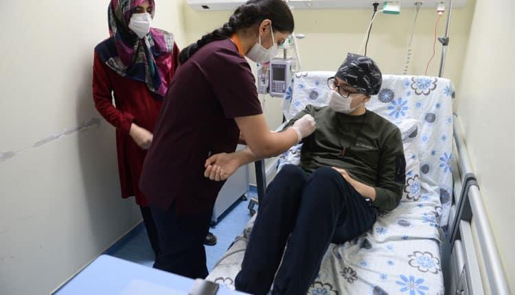 Koronavirüs şüphesiyle gittiği hastanede lösemi tanısı kondu