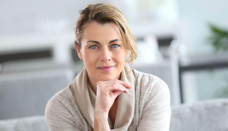 Menopoz cildi nasıl etkiler? Menopoz döneminde neler yapılmalıdır?
