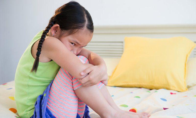 Aile içi olumsuzluklar çocukların uykusunu bölüyor!