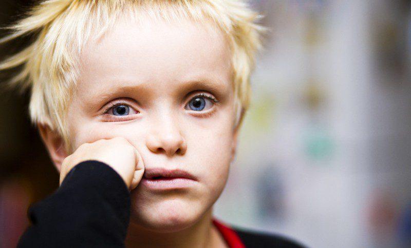 Asperger sendromu: Belirtileri, testleri, teşhis ve tedavisi