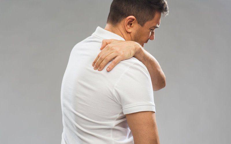 Evde kulunç ağrısına ne iyi gelir? Egzersizleri ve Saraçoğlu tedavisi